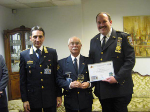 2008-02_visiting_nypd_006